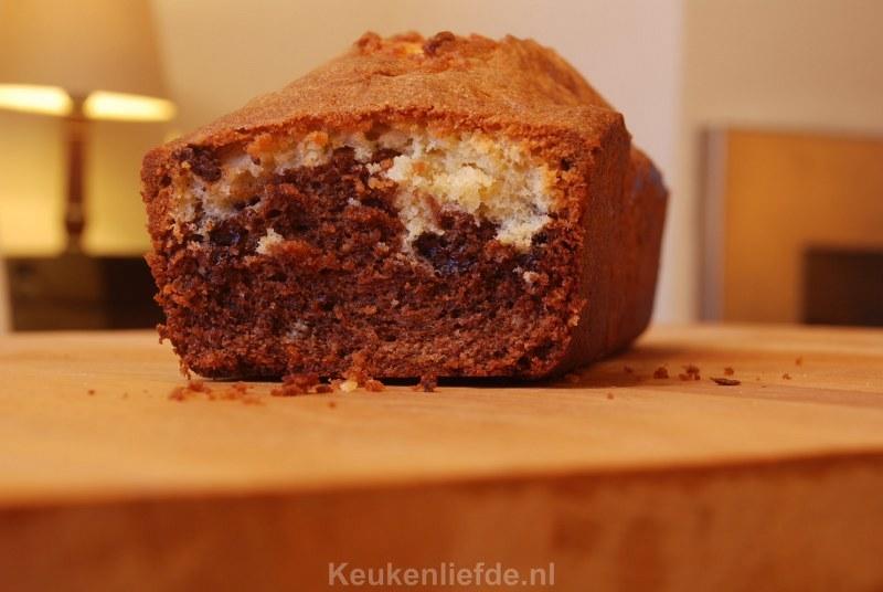 Marmercake met brokjes chocolade