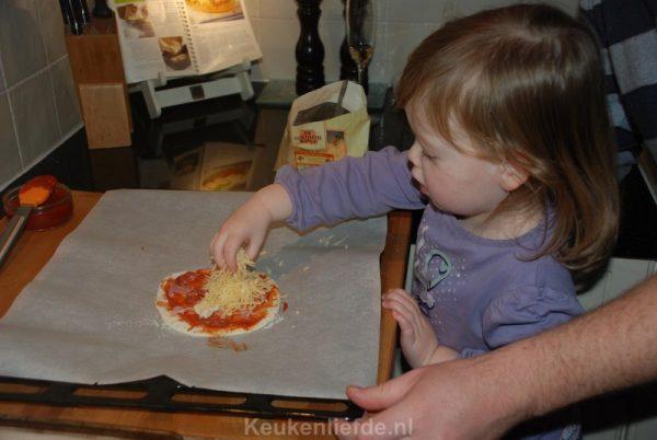 How to: pizzadeeg maken (+ filmpje!)