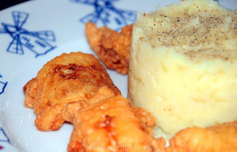 Knolselderijpuree met gebakken vis