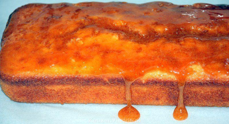 Sinaasappelcake met zoete siroop