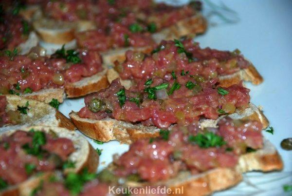 Bruschetta met steak tartare