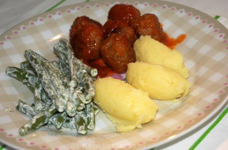 Aardappelquenelles maken