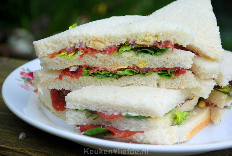 Carpaccio sandwiches