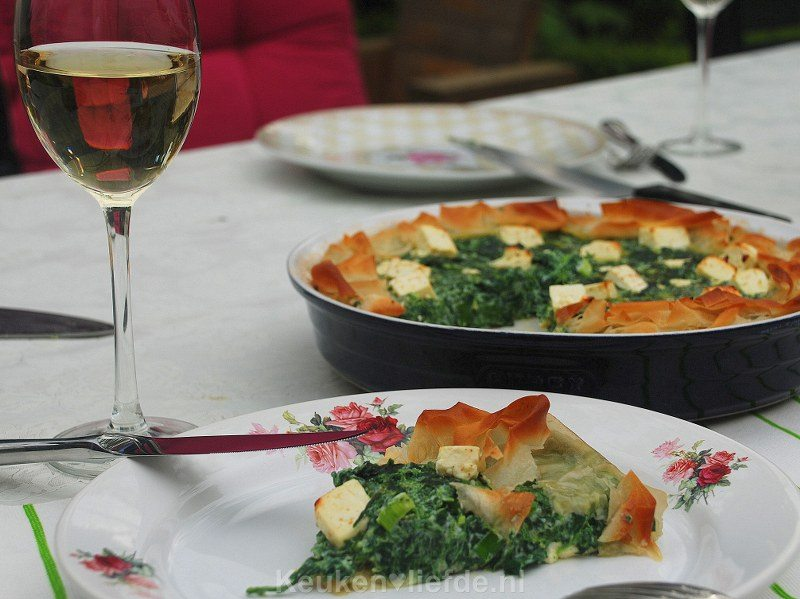 Griekse spinazie-feta taart (Spanakopita)
