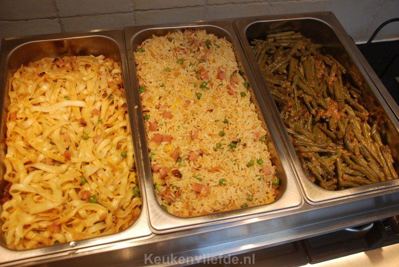 Zelfgemaakte Chinees-Indische rijsttafel