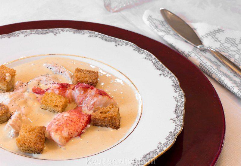 Oosterscheldekreeft met piepkuiken en broodjus van Inter Scaldes