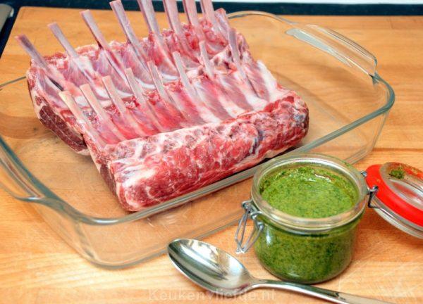 Lamsrack met salsa verde