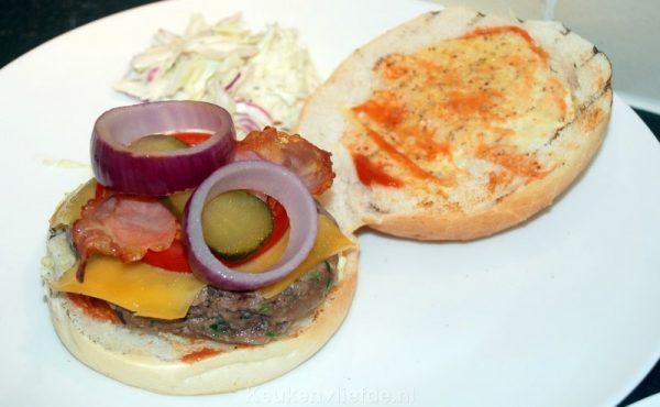 Black Angus broodje hamburger