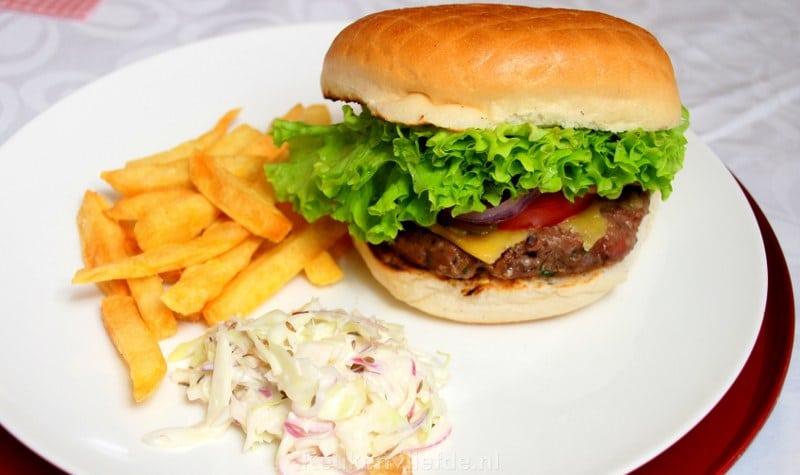 Broodje hamburger van Black Angus ribeye