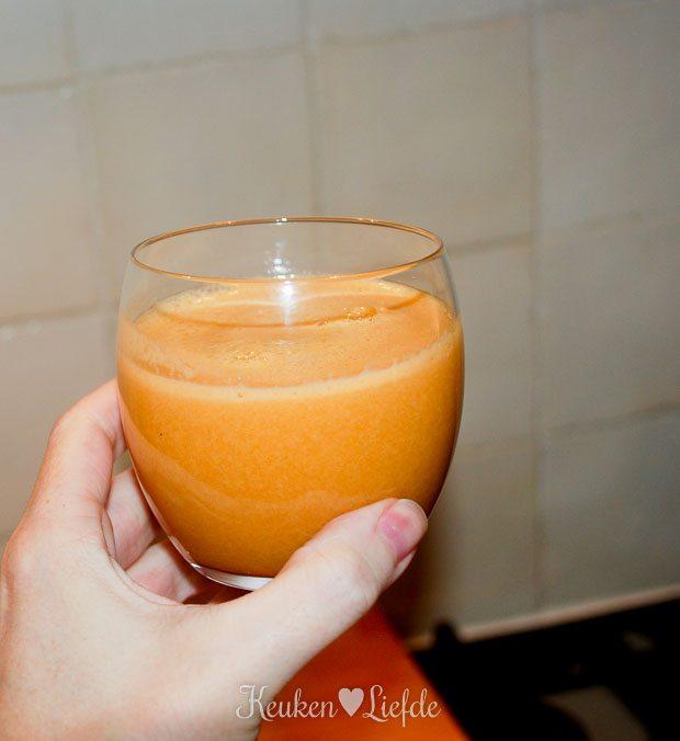 Appel-mandarijn-wortelsmoothie