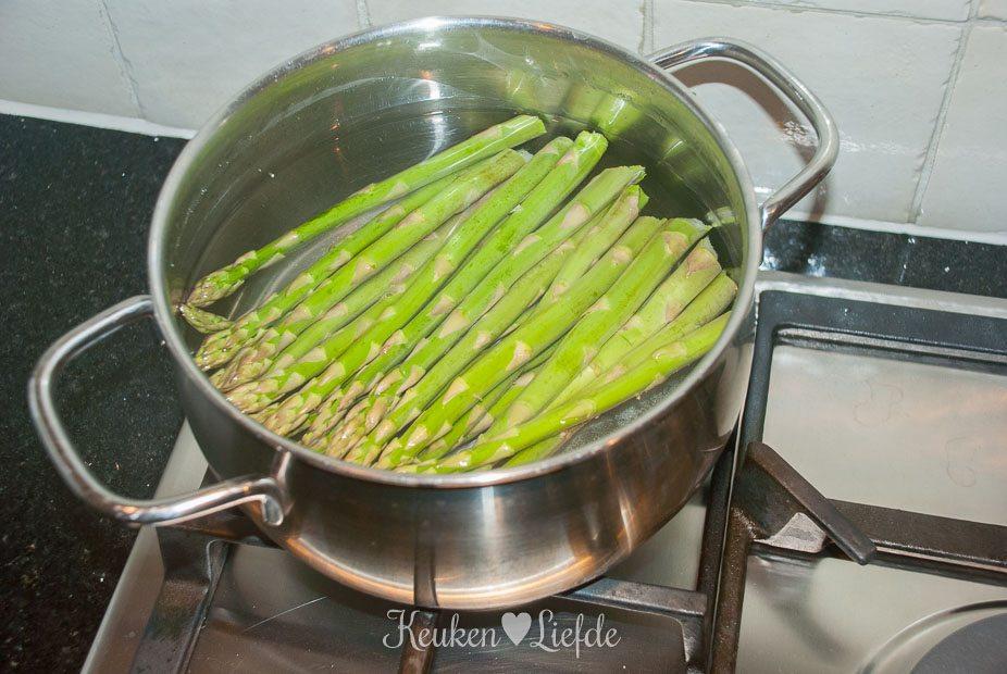 Gegrilde biefstuk met groene asperges-8589