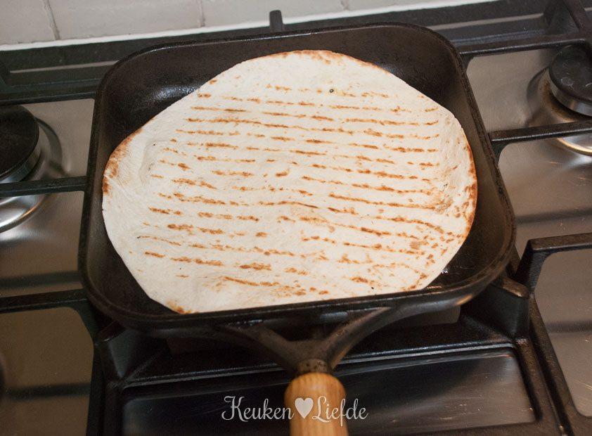 Hummuswrap met gegrilde groenten-9439
