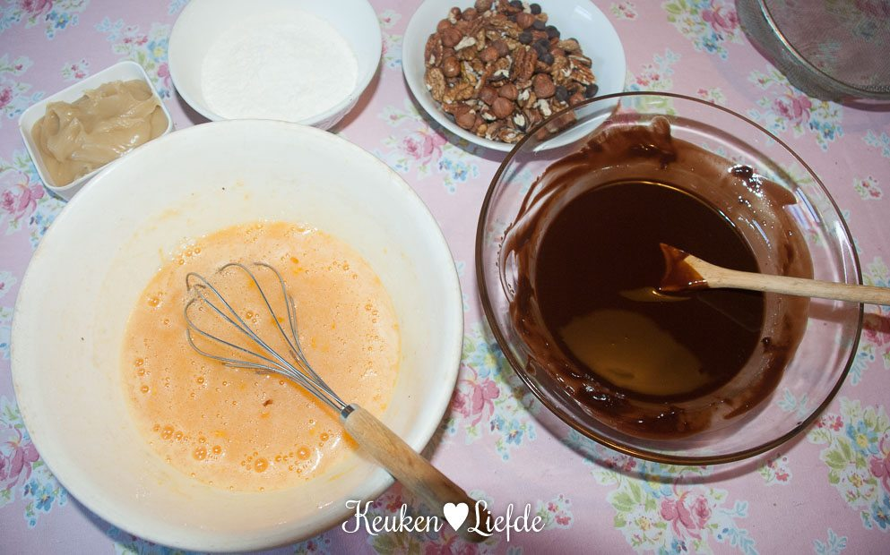 Nuttie caramel brownie-0542