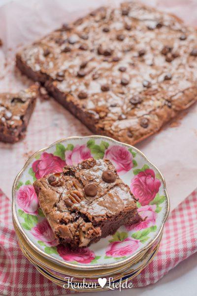 Lazy Sunday: Mister Nutty Caramel Brownie