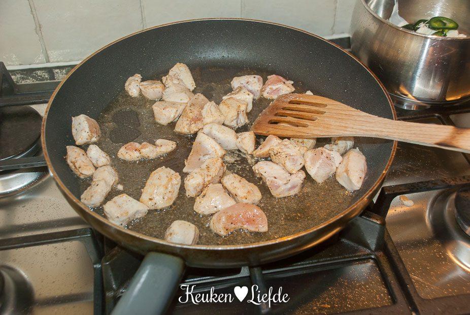 Stokbroodje hete kip-0374