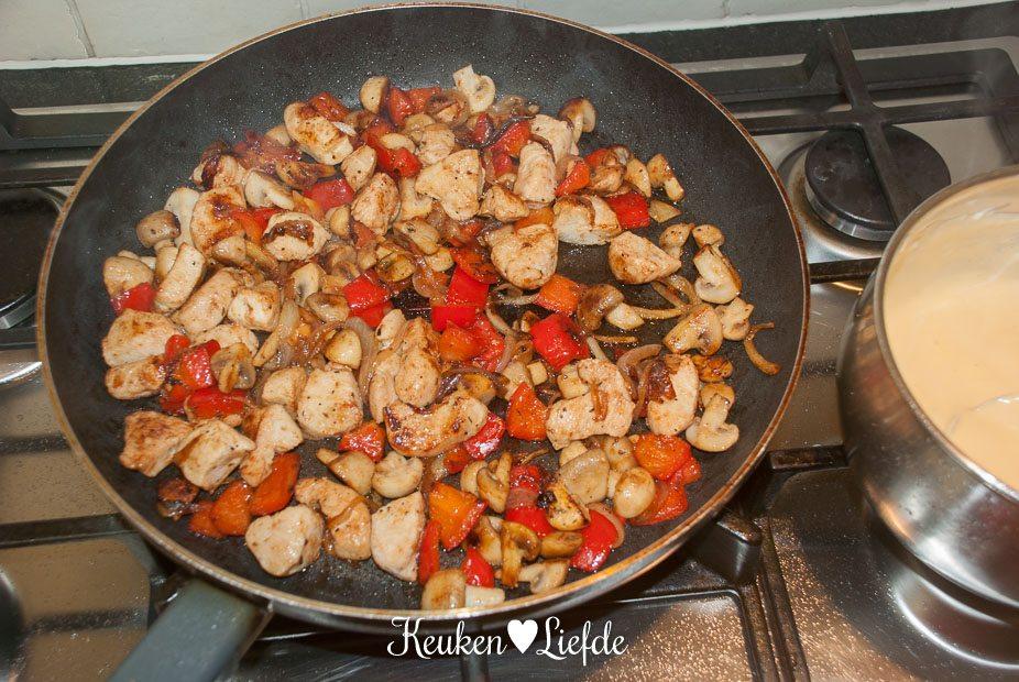 Stokbroodje hete kip-0386