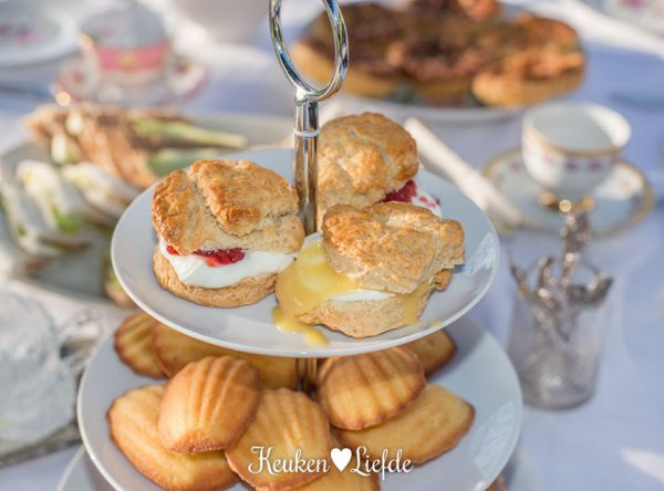 High tea: scones