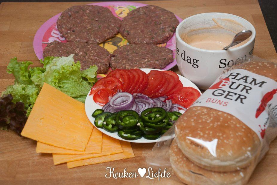 Chili-cheeseburger-2046