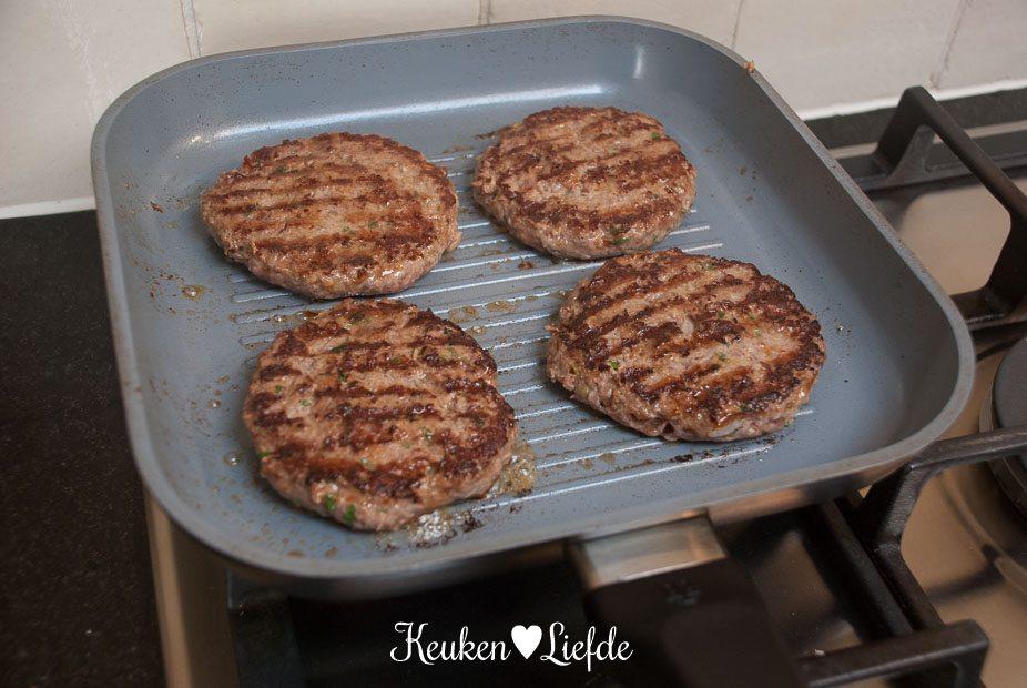 Chili-cheeseburger-2052