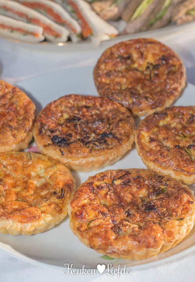 Mini-quiche met bacon, prei en oude kaas