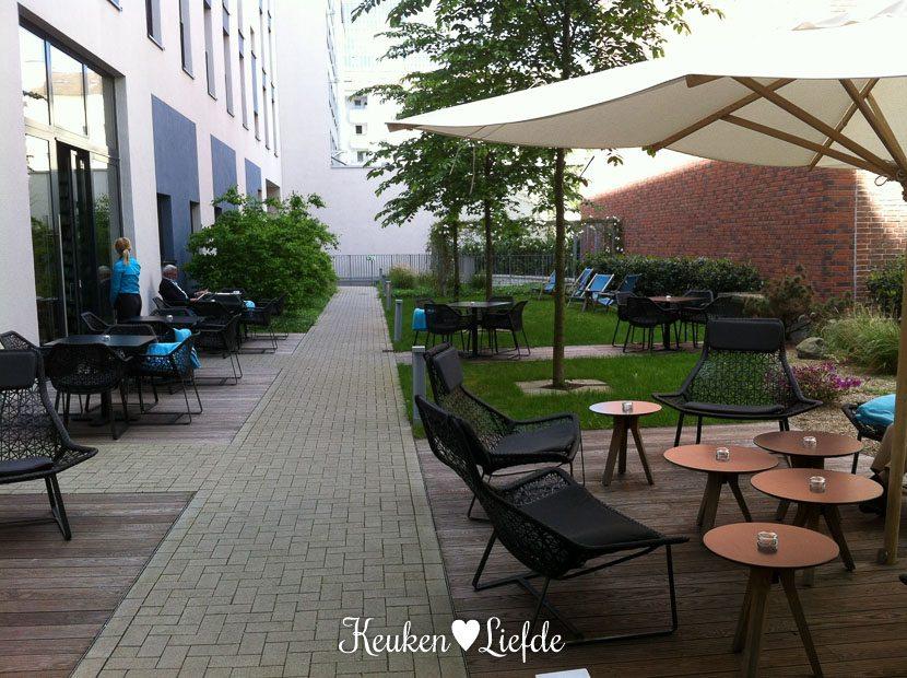 Motel One Dusseldorf-42-4