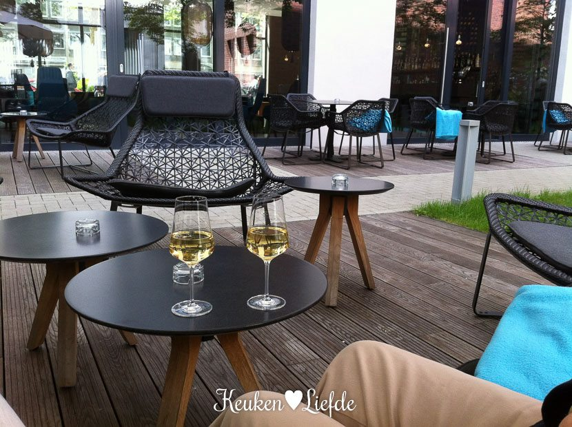 Motel One Dusseldorf-48-5