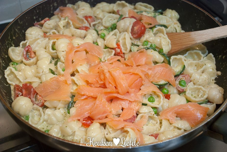 Pasta pesto met zalm -2649