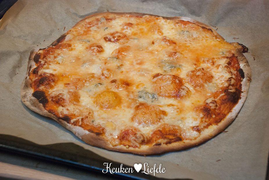 Pizza quattro formaggi-3260