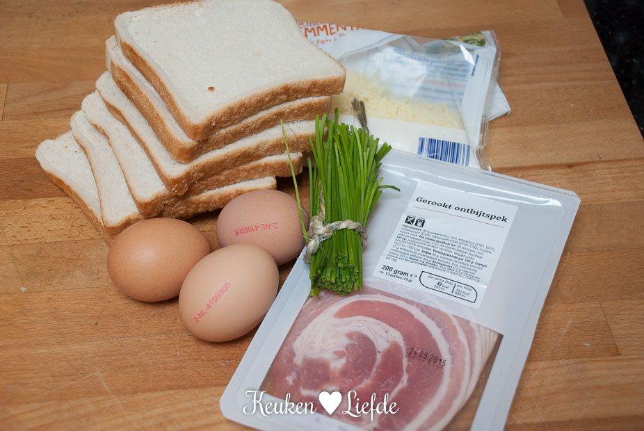 Broodbakjes met ei en spek-4828