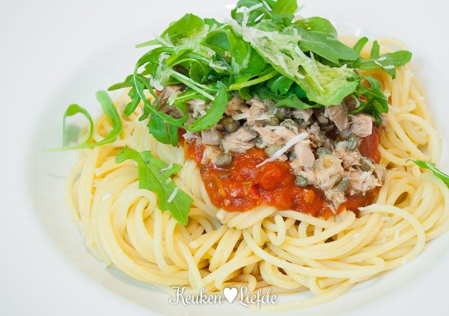 Budget koken: spaghetti met tonijnsaus