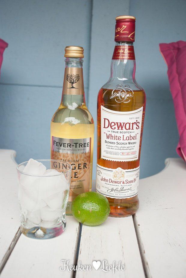 Zomercocktail met Dewar's whisky en ginger ale-4446