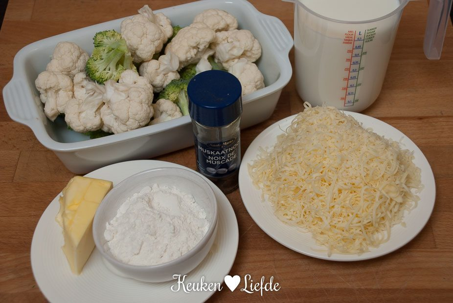 Broccoli en bloemkool met kaassaus (1 van 14)