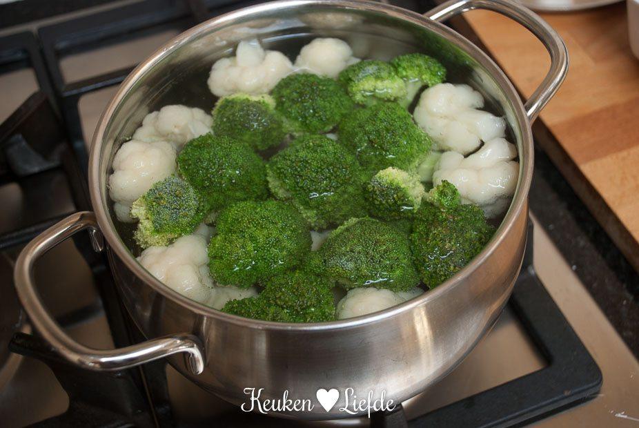 Broccoli en bloemkool met kaassaus (2 van 14)
