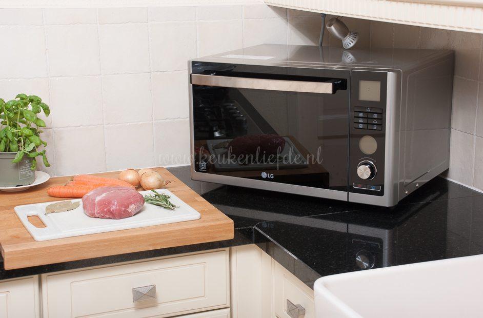 Beenham uit de oven