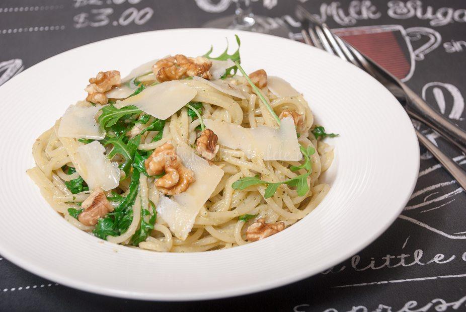 Spaghetti met walnotenpesto-8472