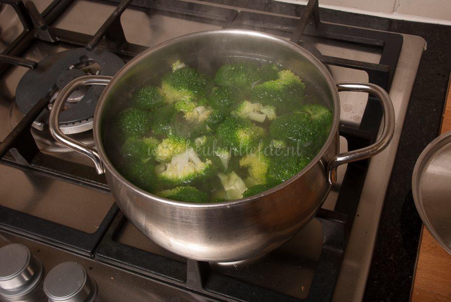 Rijstsalade met broccoli en tonijn-9172