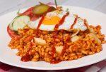 Macaroni met ham en tomatenpuree