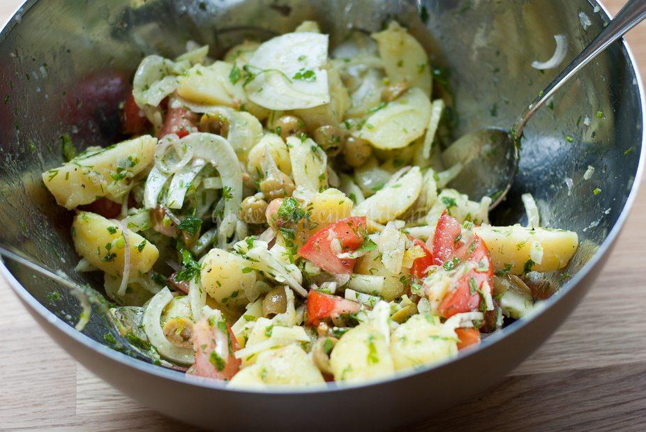 Aardappel-venkelsalade met zalm-1869