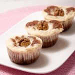 Carrot cheesecake cupcakes