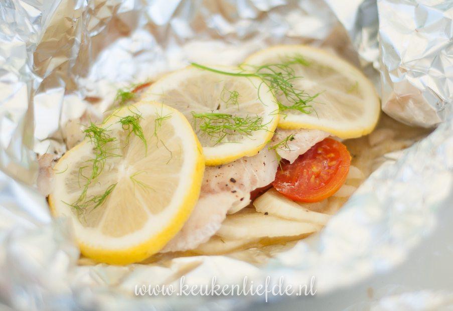 Koken op de camping: vispakketje van de barbecue