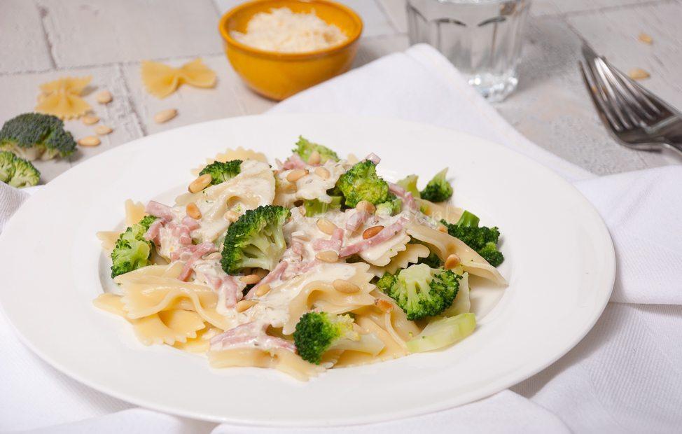 Pasta Boursin met ham en broccoli