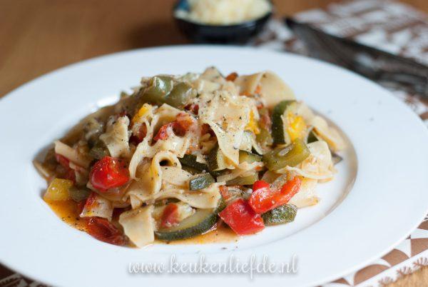 Lasagnette in groentesaus