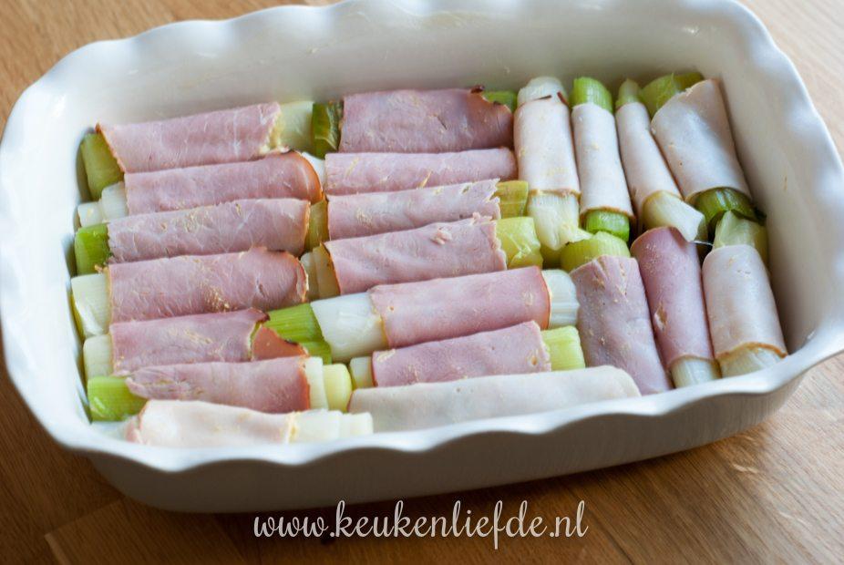 Preirolletjes met ham en kaassaus uit de oven