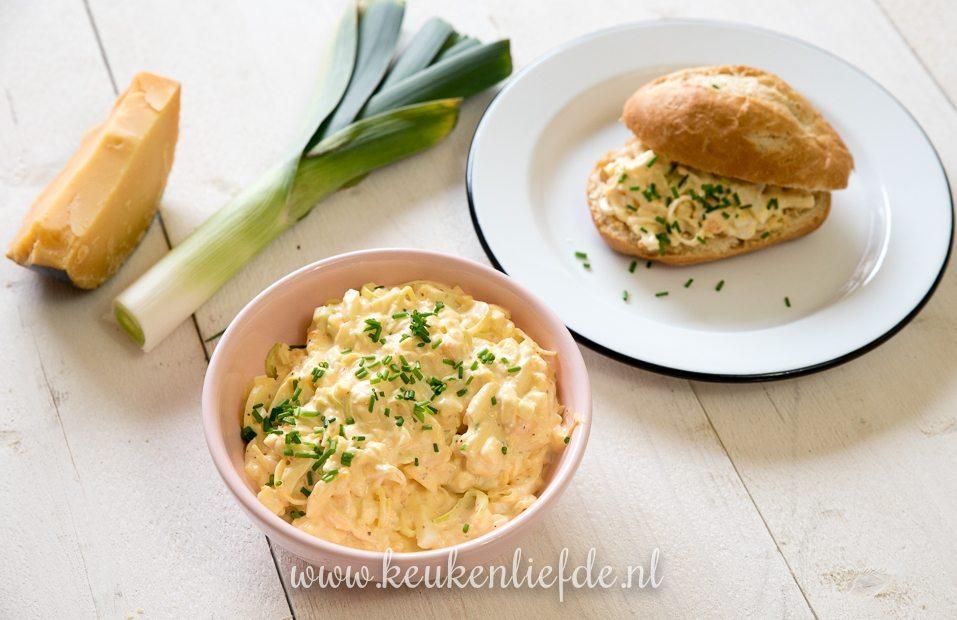 Eiersalade met prei, oude kaas en mosterd