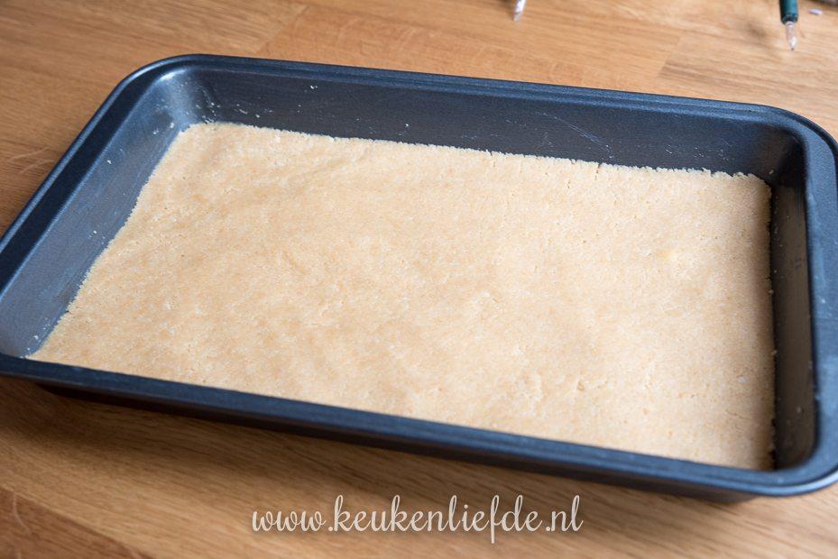 No bake Millionaire's shortbread