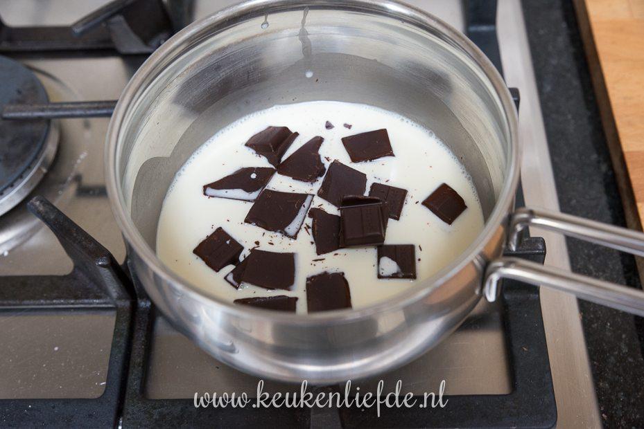 Brownie met ganache en paaseitjes
