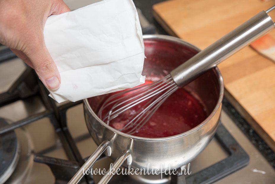 DIY: aardbeiencompote (vlaaivulling!)
