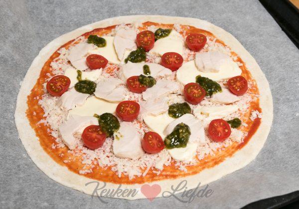 Pizza kip pesto