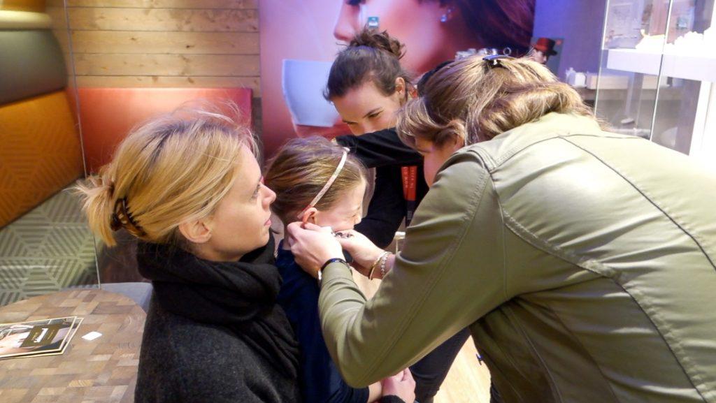 Weekvlog #6 - Ella-Marie laat haar eerste oorbellen schieten!