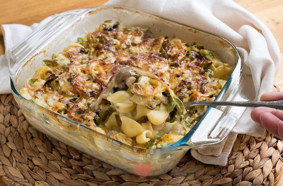Pasta ovenschotel met champignons en paprika